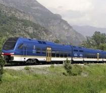 Saranno Flirt3 i treni bimodali per la Valle d'Aosta, siglato il contratto tra Regione e Stadler