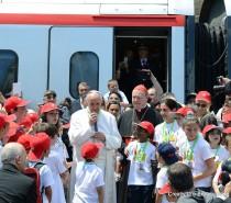 """Il """"Treno dei Bambini"""", domenica 23 giugno 250 giovani a bordo di un FrecciArgento per incontrare Papa Francesco"""