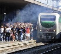 """Parte il campionato di calcio 2013-2014 e Trenitalia rilancia la campagna """"No ticket, no parti"""""""