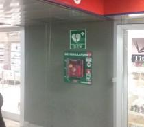Defibrillatori nella stazioni della metropolitana di Milano