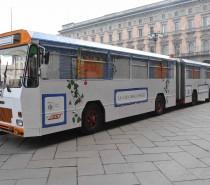 """A Milano riparte il bus della solidarietà """"Casa degli Angeli"""""""
