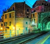"""Parte il """"Cinque Terre Express"""" tra La Spezia e Levanto"""