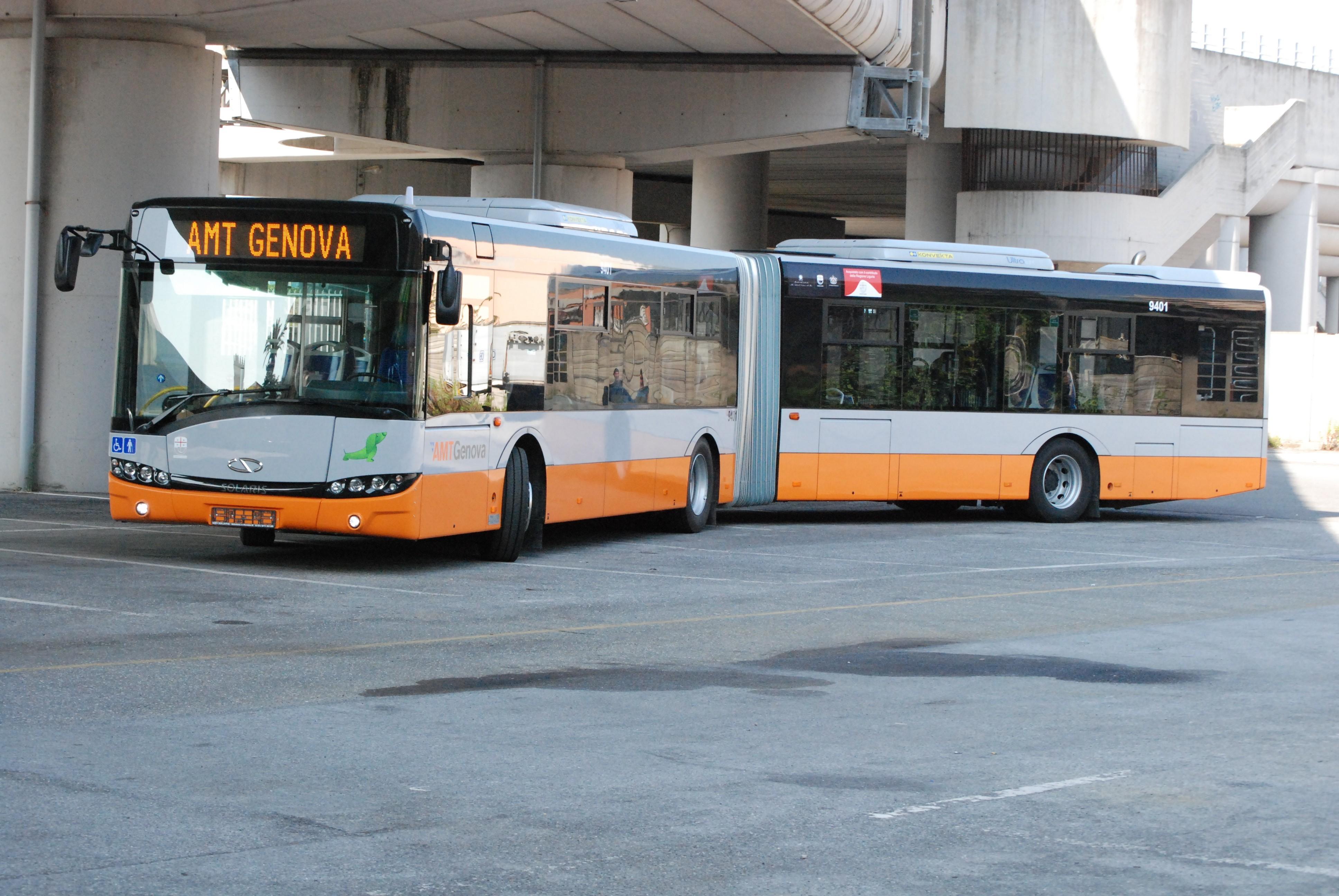 BUS SOLARIS - Foto AMT/Comune di Genova