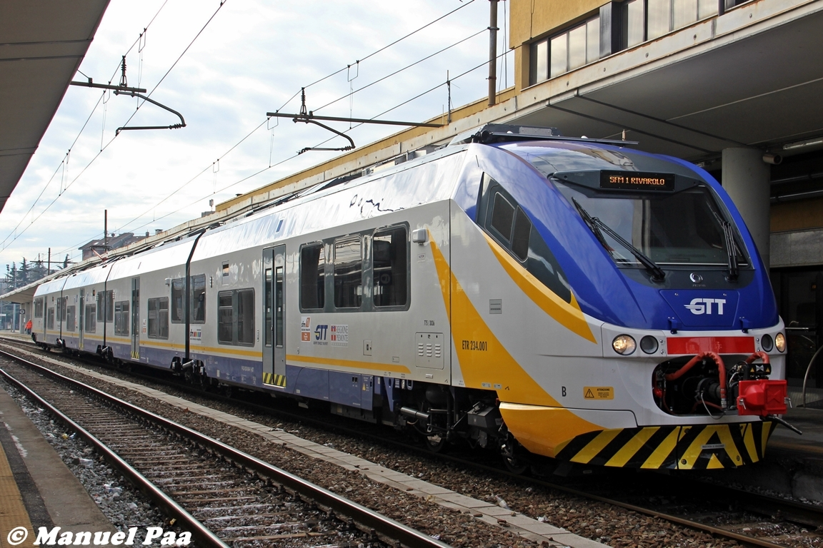 Foto tre nuovi treni gtt per il servizio ferroviario - Treni torino porta susa ...