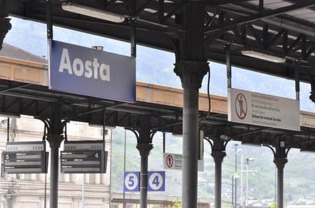 La stazione ferroviaria di Aosta - Foto ANSA