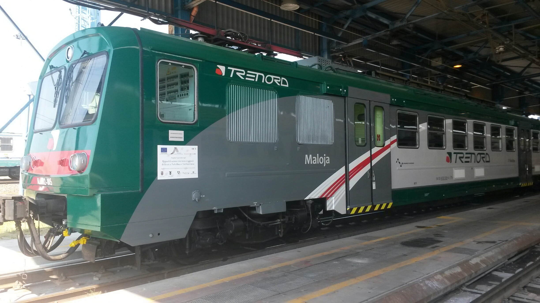 Il convoglio Ale582 Trenord Maloja
