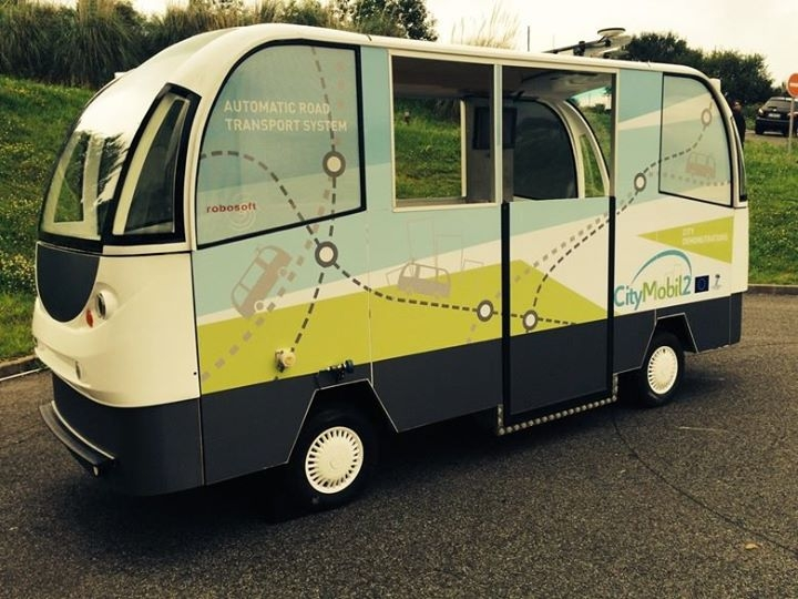 Le vetture automatiche del progetto CityMobile2 in sperimentazione ad Oristano