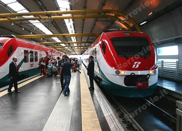 Leonardo Express in sosta nella stazione di Fiumicino Aeroporto - Foto David Campione (Ferrovie.it)