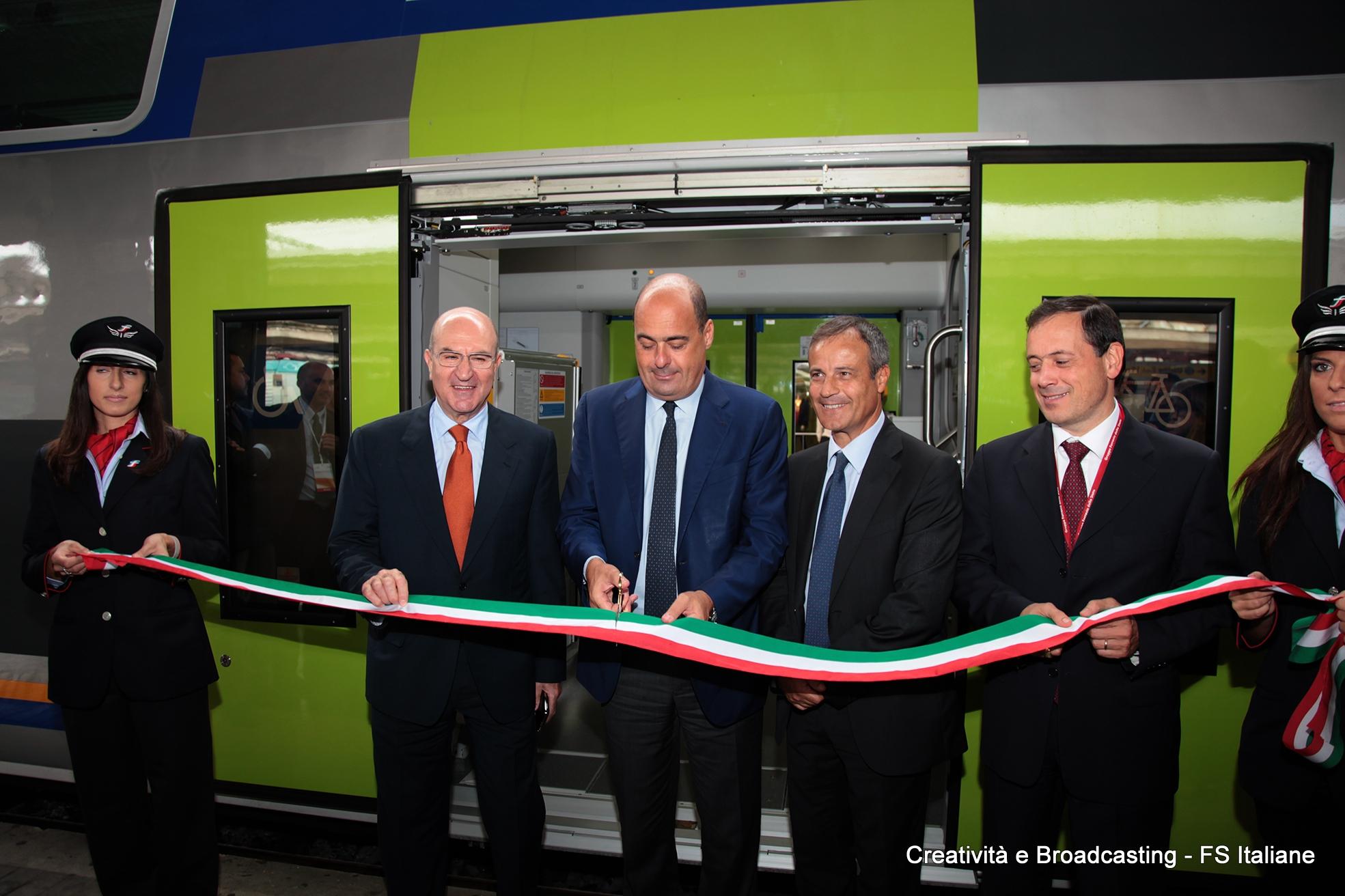 Consegna nuovo Vivalto Regione Lazio - Foto Gruppo Ferrovie dello Stato Italiane