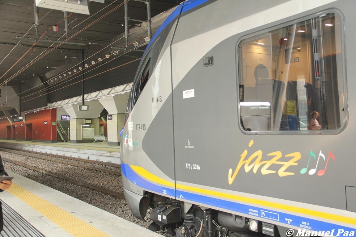 Jazz in servizio lungo il SFM di Torino - Foto Manuel Paa