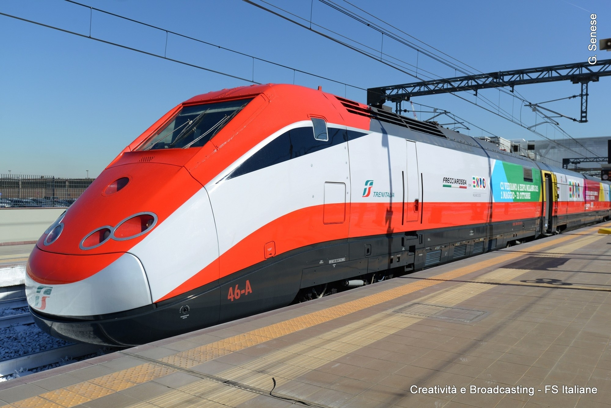 Il FrecciaRossa in livrea Expo2015 nella nuova stazione di Rho Fiera Expo2015 - Foto Gruppo Ferrovie dello Stato Italiane