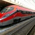 Il Frecciarossa 1000 appena giunto da Milano a Roma con a bordo il presidente Mattarella - Foto Gabriele Nicastro