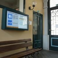 Monitor informativi nella stazione della funicolare di San Vigilio a Bergamo - Foto ATB