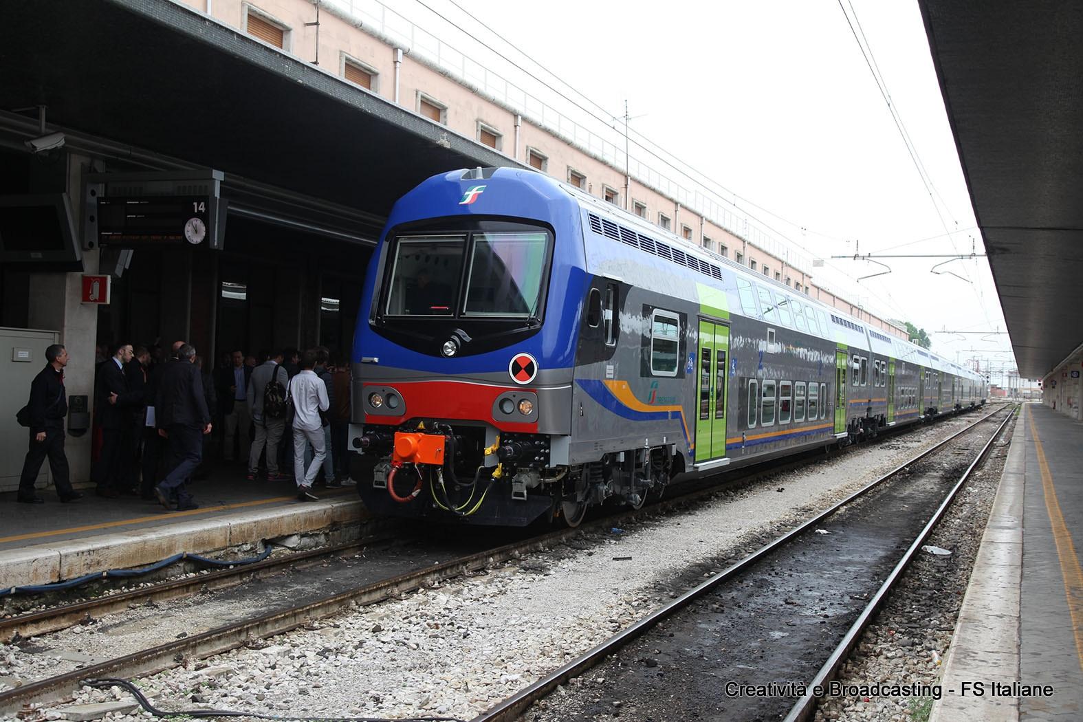 Il nuovo convoglio Vivalto per il Veneto in stazione a Venezia S. Lucia - Foto Gruppo Ferrovie dello Stato Italiane
