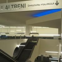 Interno della stazione Municipio (linea 1 Napoli) - Foto Metropolitana di Napoli spa