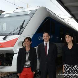 Il presidente della Regione FVG Serracchiani e l'Ad di Trenitalia Soprano con l'Etr563 Caf Civity - Foto Gruppo Ferrovie dello Stato Italiane
