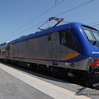 Il nuovo Vivalto in sosta nella stazione di Ladispoli - Foto Gruppo Fs Italiane
