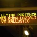 Il display di stazione a Giardinetti annuncia l'ultima partenza per Termini - Foto Carlo Tortoreli