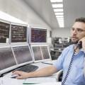 Un operatore della Centrale d'Esercizio - Foto SBB/FFS
