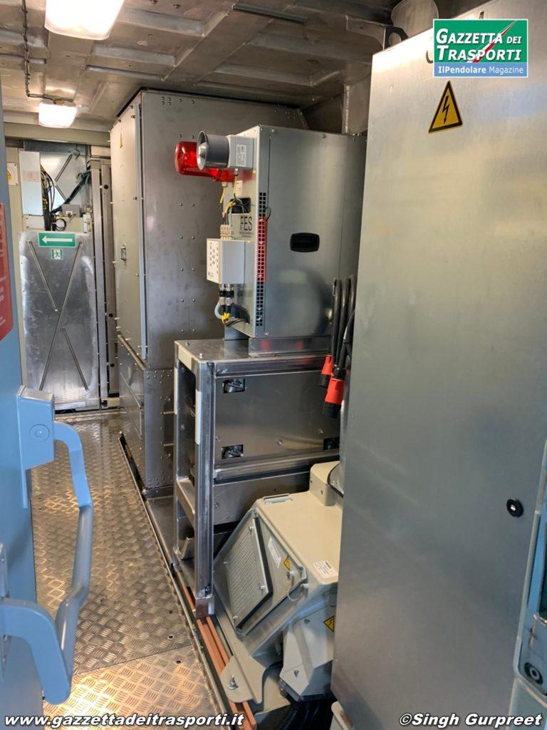 Interno della cabina Alta Tensione della E494.581 di CFI - Compagnia Ferroviaria Italiana